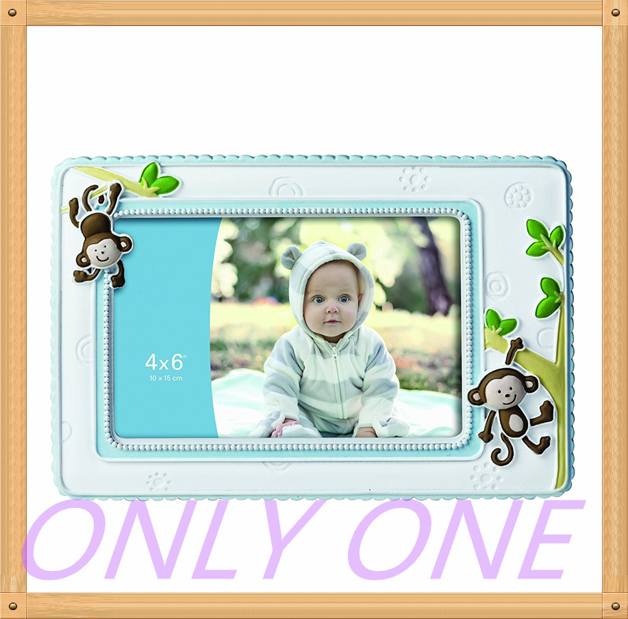 Custom photo frame for baby gifts